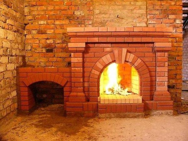 Печь-камин на дровах